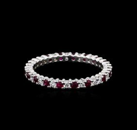 0.90ctw Ruby And Diamond Ring - 14kt White Gold
