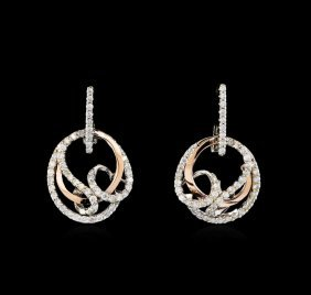0.70ctw Diamond Earrings - Two-tone Gold
