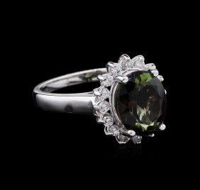 3.10ct Green Tourmaline And Diamond Ring - 14kt White