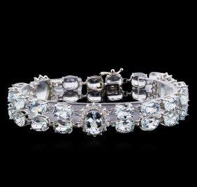 40.00ctw Aquamarine And Diamond Bracelet - 14kt White