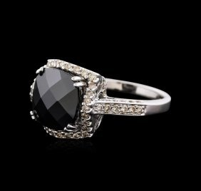 14kt White Gold 4.00ct Opal And Diamond Ring