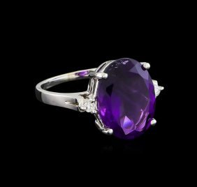 4.76ct Amethyst And Diamond Ring - 14kt White Gold
