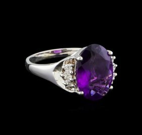 4.13ct Amethyst And Diamond Ring - 14kt White Gold